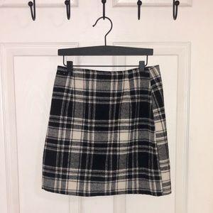Black and white plaid skirt